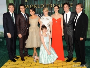 oz-great-powerful-world-premiere-02142013-12-600x450