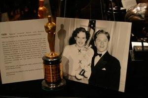 100 Oscar Statuettes From 75 Years Exhibited At Academy