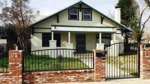 judy-garland-home-exterior-832x468