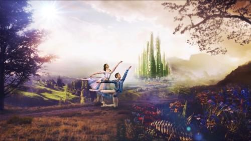 emerald-city-couple-photoshop-highercont